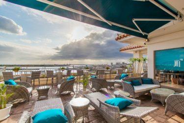ホテルイーストチャイナシー 石垣港を見下ろす全室オーシャンビューの好立地ホテル